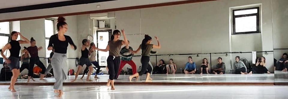 Cours de danse contemporaine à partir de la rentrée 2019